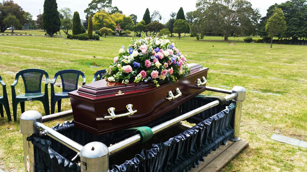 burials-with-chapel-services-at-Templeton-Family-Funerals