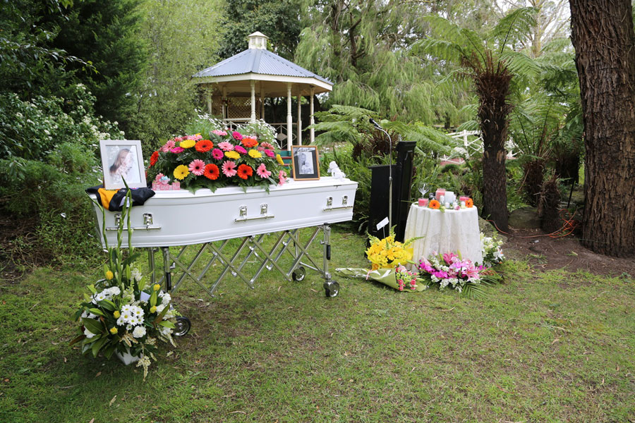 4 Creative Ways To Take The Funeral Outside The Funeral