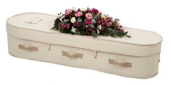 Woollen Casket Environmentally-Friendly for a Green Funeral