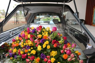casket-spray-for-funeral-at-bunurong-memorial-park-cemetery
